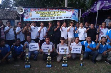 Poros FC Rantojior Juara Pertama Tournament Sepak Bola Sungai Kanan Cup I