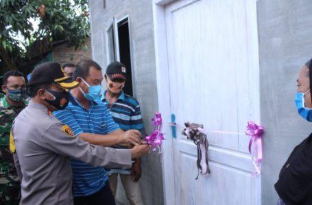 Kapolres Sergai Resmikan 2 Unit Bedah Rumah Warga Terkena Bencana Puting Beliung