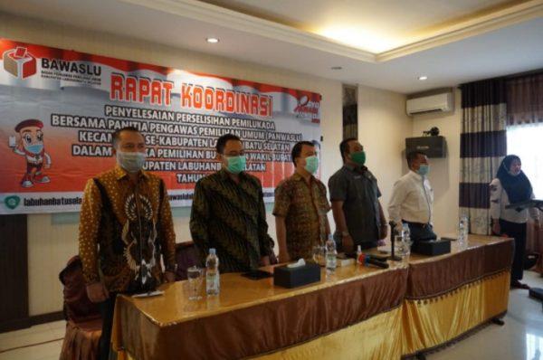 Bawaslu Labusel Gelar Rapat Koordinasi Penyelesaian Perselisihan Pemilukada