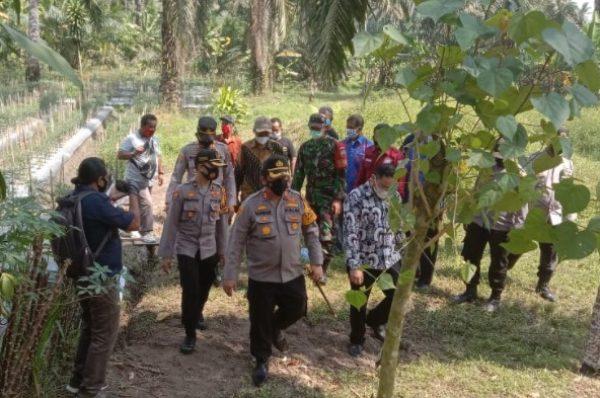 Kapolres Batubara Resmikan Kampung Tangguh Desa Sumber Makmur