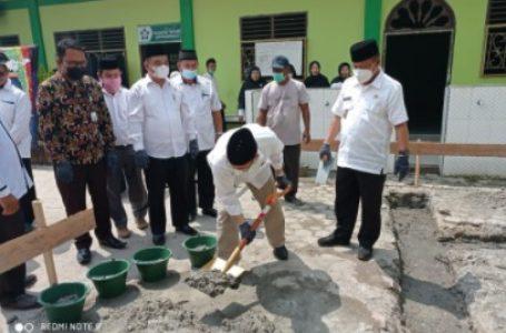 Wakil Wali Kota Hadiri Peletakan Batu Pertama Pembangunan Musholla Al-Habib MAN Tanjungbalai