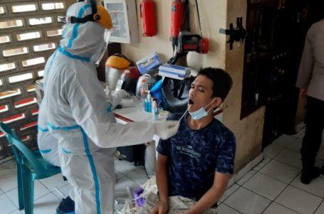 Tahanan Polrestabes Medan Ditest PCR