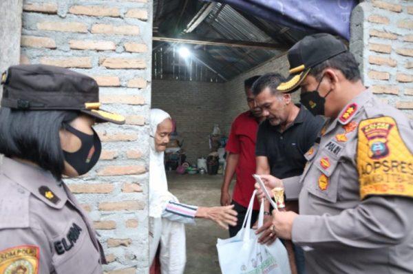 Kapolres Batubara Serahkan Bantuan Kapoldasu Untuk Nek Rodiah