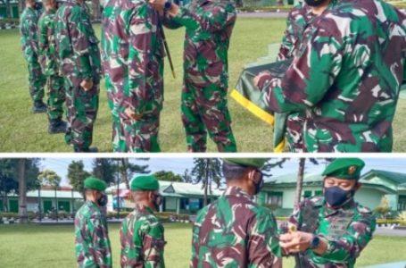 Dandim 0205/TK Pimpin Acara Korp Raport Kenaikan Pangkat 12 Personil