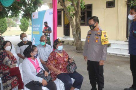 Dukung Program Percepatan Vaksin, Polres Sergai Fasilitasi dan Mobilisasi Masyarakat Lansia Penerima Vaksin