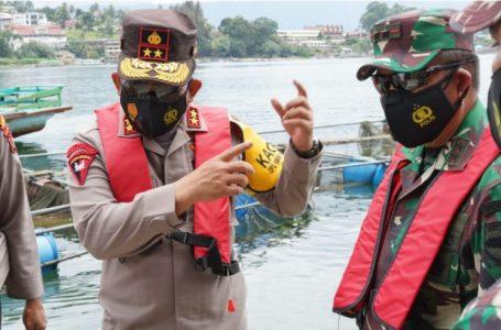 Kapoldasu, Gubsu dan Pangdam I/BB Pimpin Penataan Keramba Jaring Apung di Danau Toba