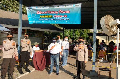 Ditpamobvit Polda Banten Lakukan Pengamanan Vaksinasi di PT KIEC