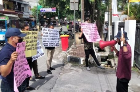 Imakor Sumut Demo Kantor Dinas PUPR dan Dinas Kesehatan Kota Tanjungbalai