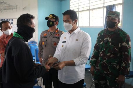 Pemko Siantar Salurkan BST di Kecamatan Siantar Barat
