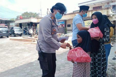 Polsek Medan Baru Santuni Anak Yatim Kampung Sejahtera