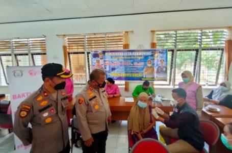 Polres Kampar Bersama RS Pelita Gelar Vaksinasi di Daerah Terpencil Desa Aur Kuning