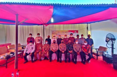 Kunker ke Polsek Tapung Hulu, Kapolres Kampar Silaturahmi dengan Upika dan Tokoh Masyarakat