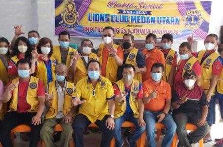 Lion Club Medan Utara Bersama Pewarta Polrestabes Salurkan Bantuan Sembako Kepada Warga Kurang Mampu Terdampak Covid-19